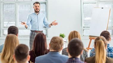 cursos de liderazgo y habilidades comunicativas