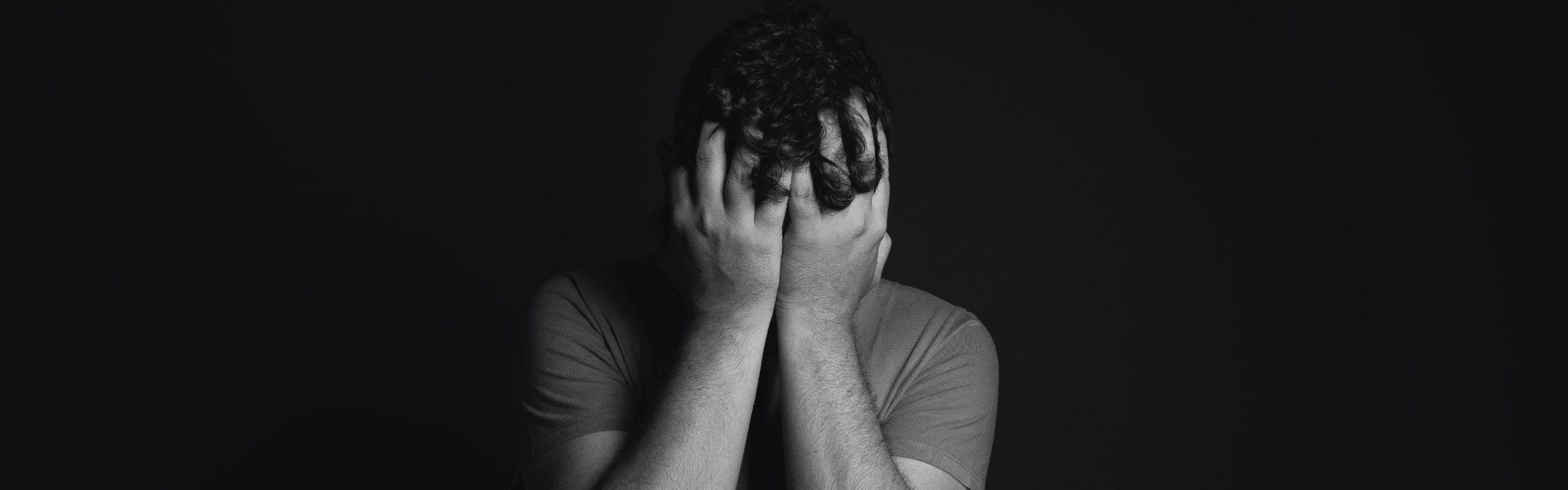 Te explicamos qué es el síndrome del impostor y cómo superarlo